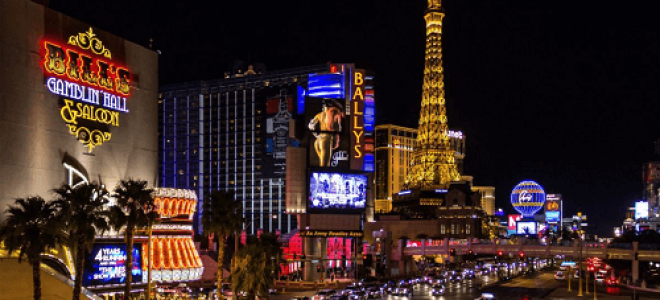 USA casinos thrive Canadian casinos struggle